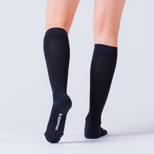 compression-sock-black-merino-2-1